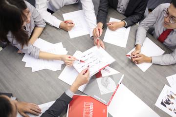 9 tháng tăng trưởng 32%, ETF SSIAM VNX50 mang cơ hội tốt hơn cho nhà đầu tư