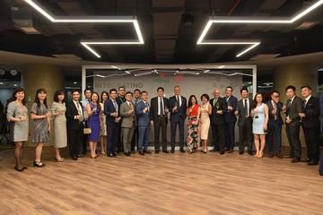 VPBank bắt tay AIA thỏa thuận phân phối bảo hiểm độc quyền 15 năm