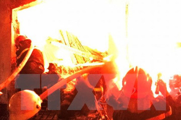 Cháy lớn thiêu rụi kho hàng của siêu thị Điện máy xanh ở Đắk Lắk