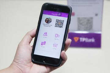 Thêm nhà băng ứng dụng mã QR để thanh toán và chuyển tiền