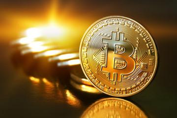 Từ 1/1/2018, sử dụng bitcoin và các loại tiền ảo khác có thể bị truy cứu trách nhiệm hình sự