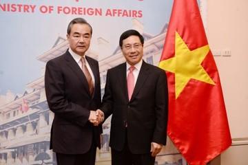 Ngoại trưởng Trung Quốc: Ông Tập coi trọng phát triển quan hệ với Việt Nam