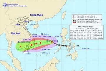 Cảnh báo nước biển dâng, sóng cao 5 - 7 m trong bão số 12