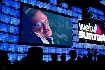 Huyền thoại vật lý Stephen Hawking: AI có thể hủy diệt nhân loại
