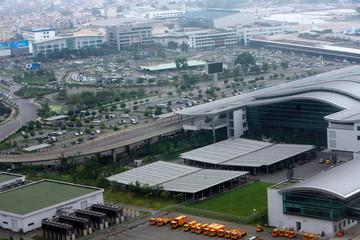 Đề xuất mở đường song hành Cộng Hòa và mượn đường qua doanh trại Quân khu 7 để giảm kẹt xe khu sân bay