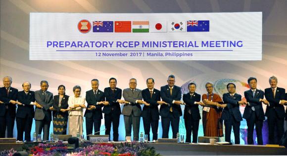 """Hiệp định RCEP """"hoãn"""" đến năm 2018"""