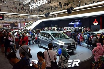 Ô tô tiếp tục giảm giá gần 230 triệu đồng dịp cuối năm