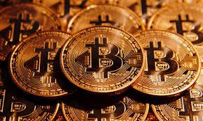 Bitcoin trở lại ngưỡng kỷ lục trên 8.000 USD