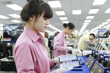 Bị tố đối xử tệ với công nhân Việt, Samsung nói gì?