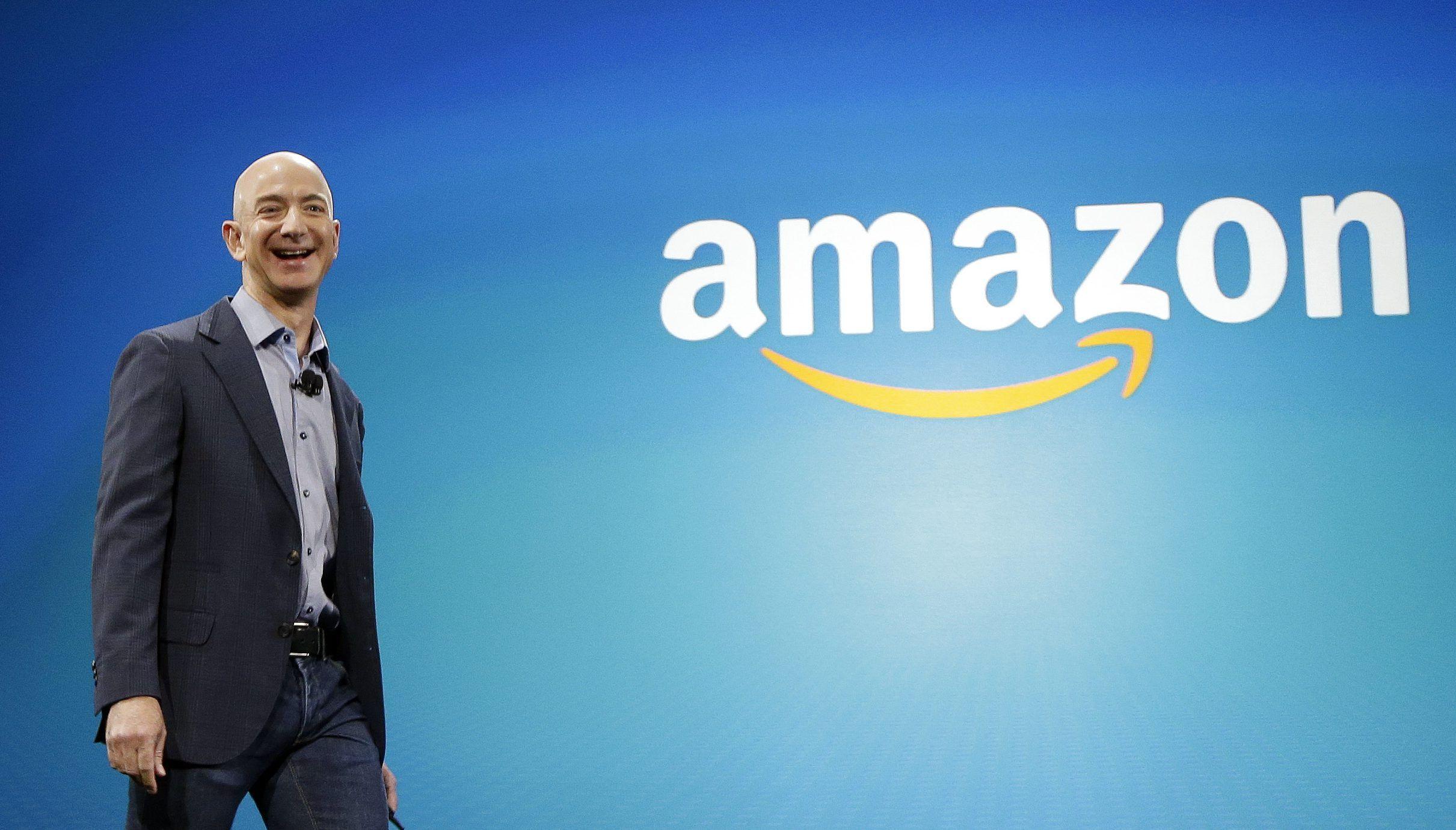 Black Friday giúp tài sản của CEO Amazon lần đầu vượt mốc 100 tỷ USD