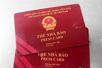 'Thẻ Đảng viên, giấy phép lái xe không được dùng đi máy bay' là 'lỗi đánh máy'