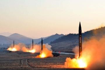 Triều Tiên lại bắn tên lửa đạn đạo, tiếp tục thách thức ông Trump