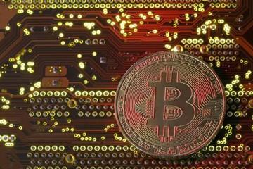 Họp khẩn về Bitcoin, Hàn Quốc cân nhắc đánh thuế tiền ảo