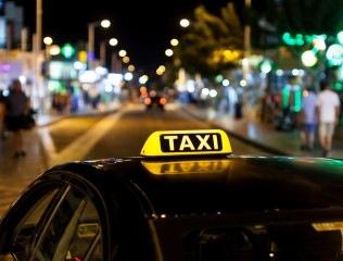 Hiệp hội taxi: Hơn 3.000 taxi truyền thống ở Sài Gòn bị 'xóa sổ' vì Uber, Grab