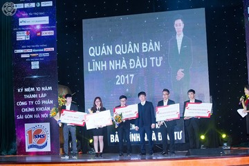 Sinh viên Ngoại thương vô địch cuộc thi 'Bản lĩnh nhà đầu tư 2017'