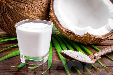 Sau thâu tóm công ty đường, Vinamilk tiếp tục mua 25% vốn Dừa Á Châu