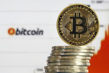 Đặt cược 1 triệu USD, nhà đầu tư bí ẩn tin giá bitcoin sẽ lên 50.000 USD