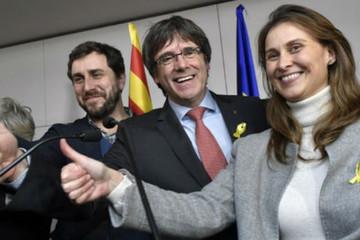 Phe ủng hộ độc lập giành chiến thắng trong bầu cử Catalonia