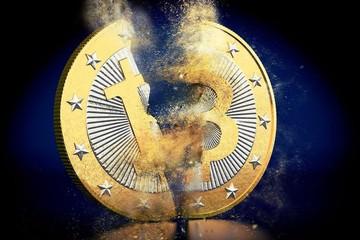 Bitcoin giảm 40% từ đỉnh, có lúc xuống 12.500 USD