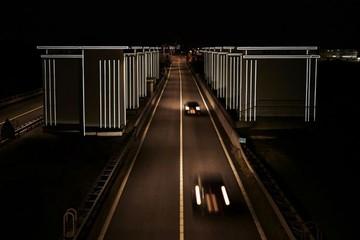 Hà Lan làm đèn đường chỉ sáng khi xe chạy qua