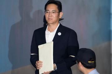 Đang kháng án tù 5 năm, người thừa kế Samsung bị đề nghị lên 12 năm