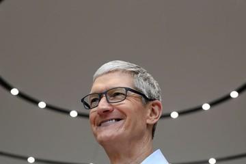 iPhone bán chạy, thu nhập năm 2017 của CEO Apple tăng gần 50%