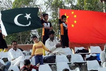 Bị Tổng thống Mỹ chỉ trích, Pakistan quay sang 'làm thân' Trung Quốc