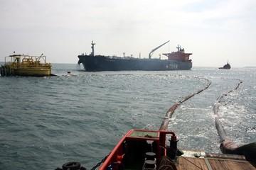 Đường ống dẫn dầu thô hàng chục tỉ bị đứt trên biển
