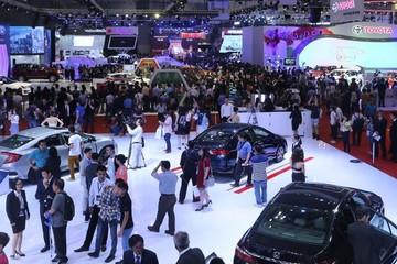 Việt Nam tiêu thụ gần 273.000 ôtô năm 2017, thua xa kỳ vọng