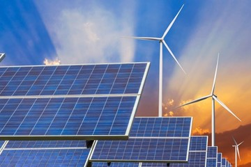 Đầu tư năng lượng tái tạo vẫn còn đắt đỏ