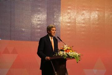 Cựu Ngoại trưởng Mỹ John Kerry: Chọn nhiệt điện than không phải là quyết định thông minh