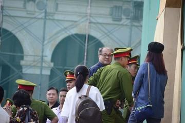 Ông Trần Bắc Hà vẫn vắng mặt, đại diện BIDV nói không có trách nhiệm xác minh nguồn tiền