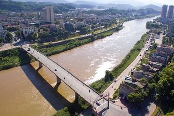 Tổng cục Hải quan đồng ý xây cầu vượt sông Hồng nối sang Trung Quốc