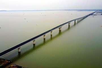 Xây dựng đường và cầu Tân Vũ - Lạch Huyện số 2