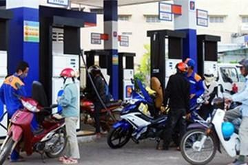 Bãi bỏ một số điều kiện đối với thương nhân kinh doanh xăng dầu