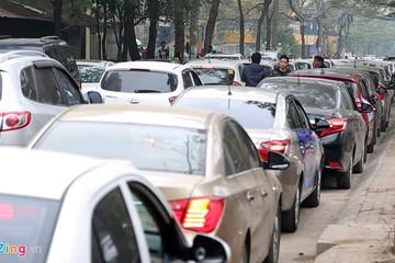 Kiến nghị Uber, Grab có trụ sở TP.HCM nhưng phải nộp thuế cho Hà Nội