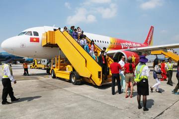 Vietjet bán vé máy bay từ 23.000 đồng mừng U23 Việt Nam