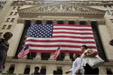 Nhà đầu tư lạc quan, lượng tiền vào TTCK thế giới đạt kỷ lục