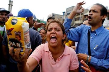 Giá cả ở Venezuela có thể tăng hơn 130 lần trong năm 2018
