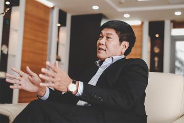 Thêm 1 tỷ phú USD trên sàn chứng khoán Việt Nam