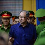 Xử án VNCB: Bị cáo Trầm Bê, Phan Thành Mai khóc nói lời cuối cùng