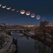 [Ảnh] Cùng ngắm hiện tượng '3 trăng trong 1'