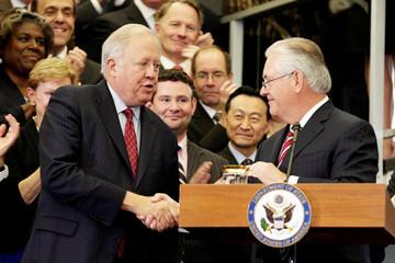 Thêm lãnh đạo Bộ Ngoại giao Mỹ bỏ chính quyền Trump