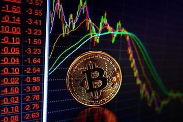 Giá bitcoin rớt 'thảm', có lúc xuống dưới 8.500 USD