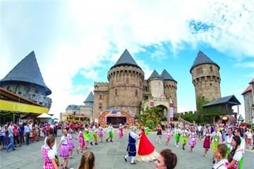 Du lịch lễ hội: Cú hích tăng trưởng cho du lịch địa phương