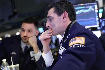 Quỹ đầu cơ 'bầm dập' vì biến động thị trường đầu tháng 2