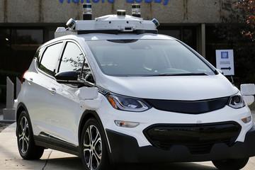 California cho phép xe không người lái chạy trên đường