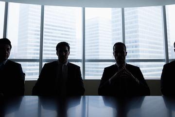 Warren Buffett tiết lộ 4 CEO yêu thích