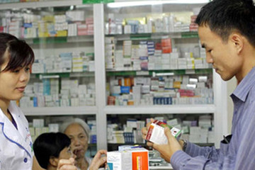 Chưa phải lúc mở cửa quyền phân phối thuốc cho doanh nghiệp ngoại?