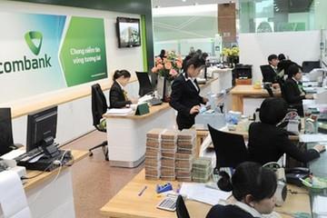 Từ 1/3, chuyển tiền tại quầy Vietcombank vẫn phải trả phí 5.000 đồng/giao dịch